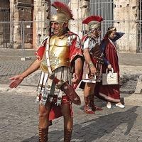 legionnaires-romains-colisee-rome